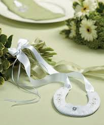 horseshoe wedding favors traditional lucky horseshoe