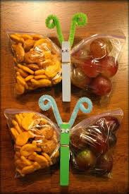 innovative butterfly shape fruits and biscuts pack idea creative