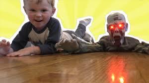 spirit halloween animatronics jagger gets a crawling zombie halloween express animatronics