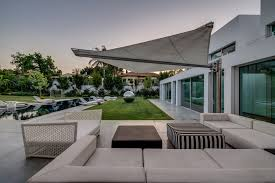 Modern Awnings Retractable Patio Awning