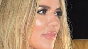 khloé kardashian debuts short lob khloe kardashian just debuted her shortest hairstyle ever glamour