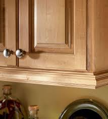 kitchen cabinet trim ideas best 25 cabinet molding ideas on kitchen cabinet