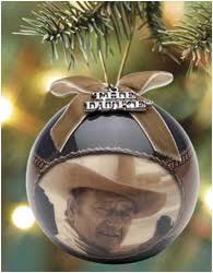 i mockery choosing your tree ornaments