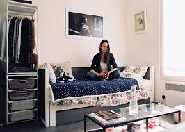dans une chambre vivre dans une chambre de bonne à les habitants les