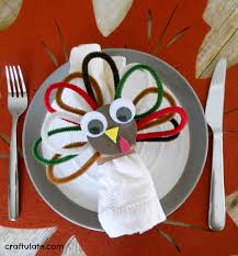 pipe cleaner turkey napkin ring craft craftulate