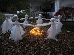 scary halloween yard displays diy halloween decorations outdoor