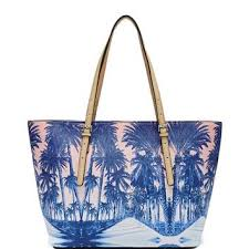 delaney palm tree small classic tote from guess absolutely