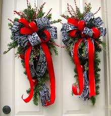 Etsy Outdoor Christmas Decor by 334 Best Christmas Swags Images On Pinterest Christmas Swags
