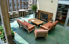 romantic hotels in milwaukee hotel metro downtown milwaukee