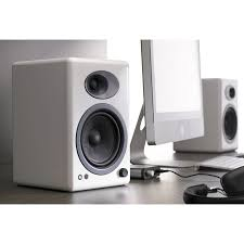 Bookshelf Audio Speakers Audioengine A5 Powered Bookshelf Speaker System White A5 W