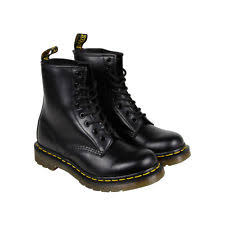 dr martens 1460 womens 11821006 black smooth leather 8 eyelet