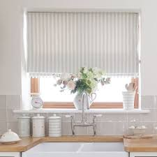 kitchen blinds ideas uk kitchen window blinds home design interior and exterior spirit