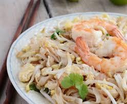 comment cuisiner des nouilles nouilles sautées au soja et aux crevettes recette de nouilles