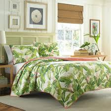 Tropical Bedding Sets Tropical Bedroom Quilts Tommy Bahama Aregada Dock Ecru Quilt Set