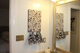 bathroom towel decorating ideas bathroom towel decor ideas inexpensive bathroom decorating ideas