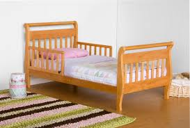 Oak Sleigh Bed Davinci Sleigh Toddler Bed In Oak M2990o