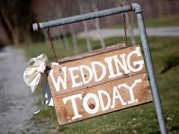 country wedding sayings 23 ideas for easy and cheap wedding signs and banners gac