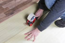 Laminate Flooring Concrete Slab How To Install 2 In 1 Vapor Barrier Flooring Underlayment