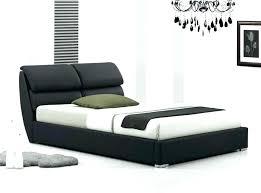 chambre avec lit noir lit en fer forge noir chambre avec lit noir lit noir design lit