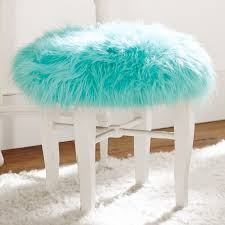 Vanity Bench For Bathroom by Best 25 Vanity Stool Ideas Only On Pinterest Craft Fur Diy