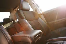 toyota leather seats does the 2017 toyota camry come with leather seats