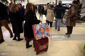 black friday early sales black friday shopping crowds pictures and photos getty images