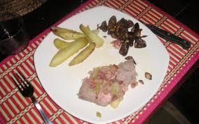 cuisiner le veau en cocotte recette rôti de veau en cocotte façon grand mère 750g