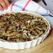 herv cuisine quiche tarte végétalienne aux légumes hervecuisine com