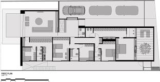 gallery of dm house studio guilherme torres 31 dm house studio guilherme torres 31 34 floor plan