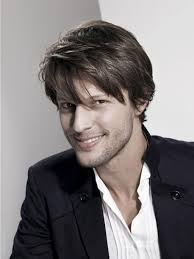 medium length hairstyles for thick hair 2014 how to style medium length hair for men perfectly