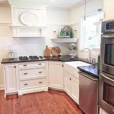 benjamin moore simply white kitchen cabinets kitchen wall color