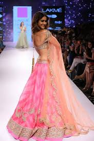 wedding fashion 10 wedding fashion trends from lakme s india fashion