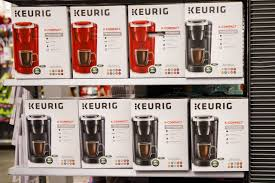 keurig green mountain email format keurig to acquire dr pepper snapple in largest soft drink deal ever