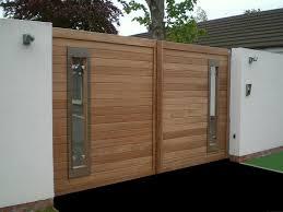ss white garage doors modern wooden gate http www pinterest com avivbeber3 modern