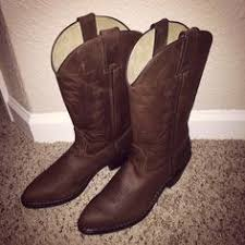 ariat s boots size 9 ariats boots size 9 worn to a rodeo and tractor pull i