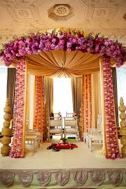 Garland For Indian Wedding Latest Indian Wedding Decorations 9435