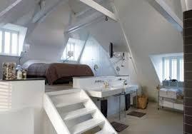 sch ne schlafzimmer wow so ein schönes schlafzimmer mit dem bett auf einem podest
