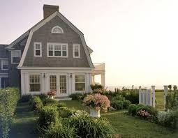 gambrel homes interior design vacation homes gambrel on the bluff