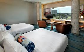 Bed Frames Tampa by Tampa Accommodations Aloft Breezy Suite Aloft Tampa Downtown