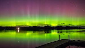 can you see the northern lights in maine aurora borealis lights up new england skies cbs boston