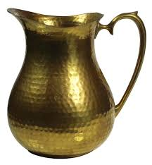 metal pitcher in dull golden color u2013 hammered effect u2013 arabian