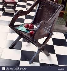 Esszimmerstuhl Segm Ler Checkerboard Flooring Stockfotos U0026 Checkerboard Flooring Bilder