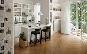 cuisine blanche parquet sols et tapis carrelage imitation parquet beige cuisine blanche