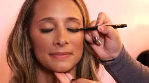 looking for makeup artist morning makeup tip how to make your pop with a sun kissed look