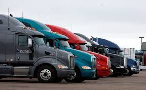wbir com trucking firms offer up to 8 000 bonus and other deals