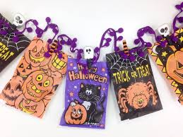 treat bag garland halloween craft series 2016 2 serena bee