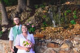 bridal cave u0026 thunder mountain park a beautiful lake view wedding