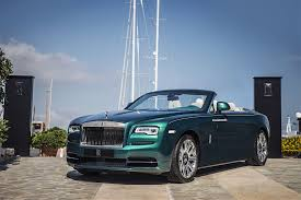 roll royce malaysia rolls royce opens its first showroom in malaysia autoevolution