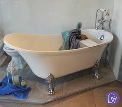 vasca da bagno da bagno retr祺 freestanding con piedini cromati