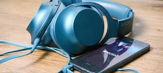 amazon com sony mdr hw700ds unboxing sony mdr 1a casque audio pinterest sony